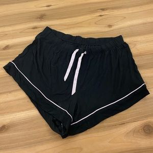 Victoria's Secret black pajama shorts size medium